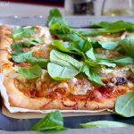Pizza z jajkiem i Pizza serowa